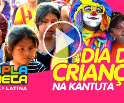 Crianças, brinquedos, pipocas, doces e muita alegria no dia da criança na Kantuta
