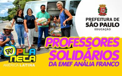 Professores solidários distribuem cestas básicas para familiais de alunos imigrantes em São Paulo
