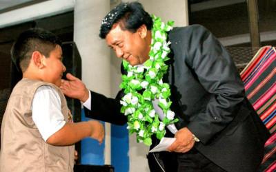 Famílias e coletivos de imigrantes bolivianos pedem retorno do cônsul Jorge Ledezma