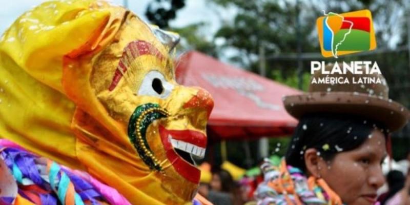 Começou o carnaval dos imigrantes boliviano em São Paulo
